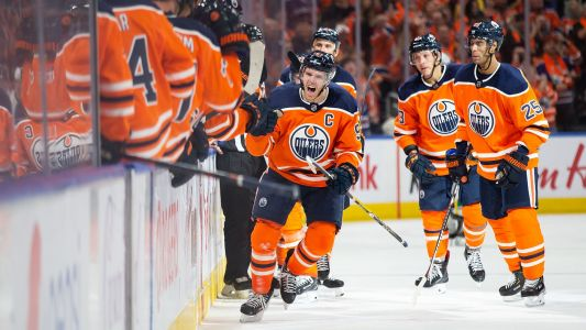 Connor McDavid records third career five-point night with Edmonton Oilers