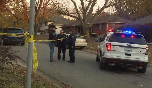 3 shot at Blue Springs home Saturday afternoon near 14th, Sunset
