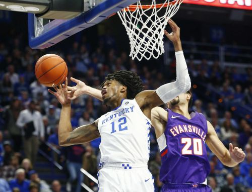 Evansville stuns No. 1 Kentucky at Rupp Arena, 67-64