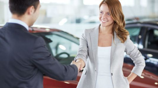 Why Is Car Buying Especially Terrible For Women And What Should They Do About It?