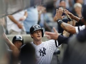 Yankees homer in 28th straight game to set MLB record