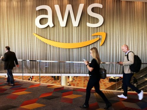 Amazon is giving free AWS training courses to Utah's elementary and high schools - but education specialists say this kind of skills training may not help you get a tech job or even help you learn