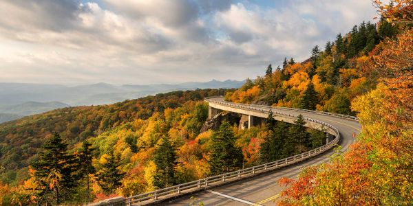 Hit the Highway for the 5 Best Fall Foliage Road Trips