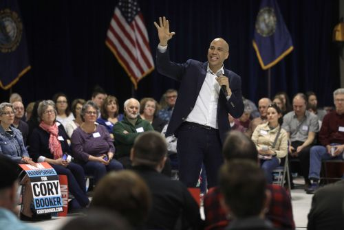 Presidential candidate Cory Booker says he may end campaign if fundraising doesn't pick up