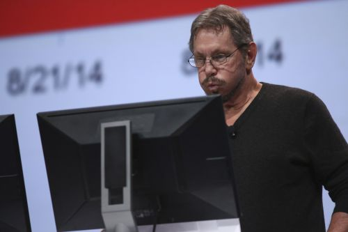 Oracle issues security patches for chip flaws