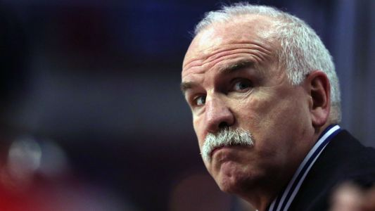 Fired Blackhawks coach Joel Quenneville tailgates with Bears fans before 'SNF' game
