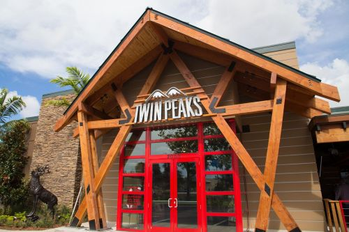 Twin Peaks Sees Steady Upsurge of Traffic and Sales in Q2