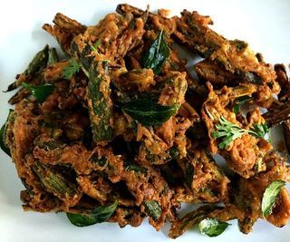 Bhindi Kurkuri/Crispy Indian Spiced Okra Fry