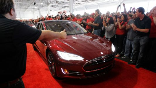 Automakers Are Finally Starting to Catch Up with Tesla's Remote Updates