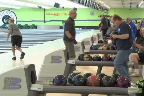 Off-duty NYPD officers save man having a heart attack during their bowling game