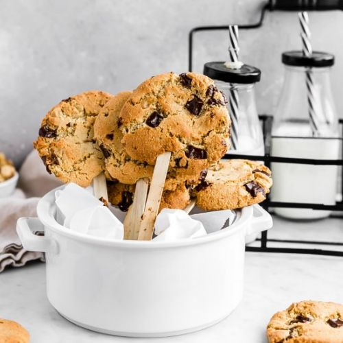 Gluten-Free CC Walnut Cookie Pops