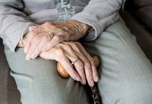 How to Make Caring for an Elderly Parent Easier