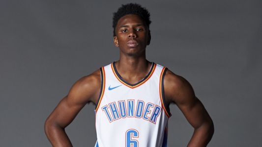 Thunder rookie Hamidou Diallo taken off court on stretcher after scary leg injury