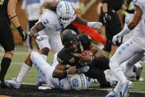 North Carolina Fails to Get Out of Bounds vs. Wake Forest, Allows Time to Expire