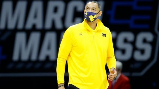 Juwan Howard reportedly 'not interested in even a discussion' about leaving Michigan, joining NBA