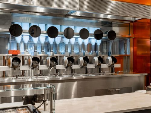 Will Foodservice Robots Take Jobs Away From Human Workers?
