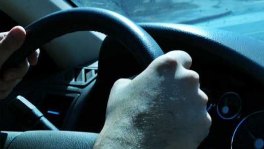 State lawmakers push for teen driving permits to last 1 year