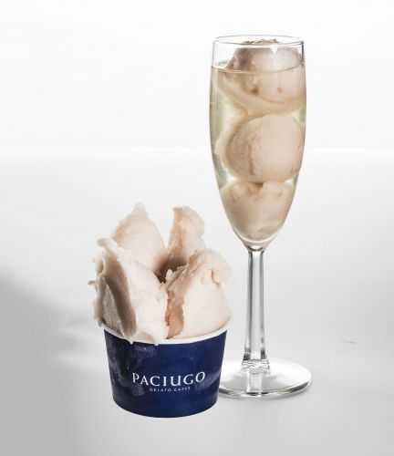 Paciugo Gelato Caffe Toasts Holidays, Rings in New Year with Peach Bellini Sorbet