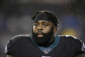 Eagles sign Jason Peters, plan to move him to right guard