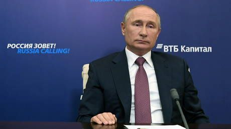 Putin rules out another strict lockdown to combat Covid-19 in Russia, says country must maintain healthy economic situation