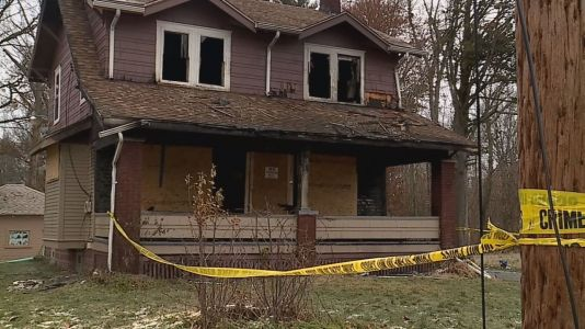 Neighbor: Anguished mother screamed for help amid fire that killed her 5 children