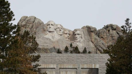 From 'majestic' to 'monument for 2 slave owners': CNN makes about-face on Mt. Rushmore in its coverage of Obama & Trump