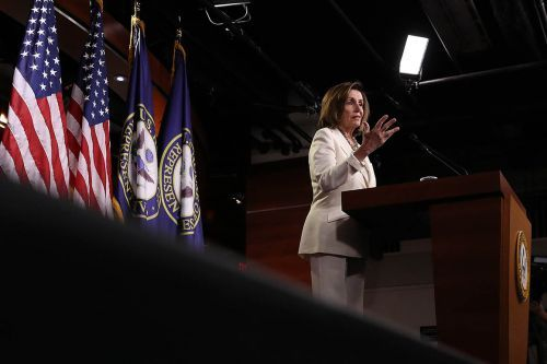 Pelosi announces resolution condemning Trump for racist tweets