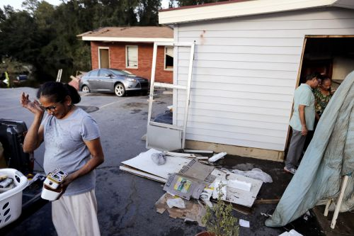 'I'm just ready for this to be over': North Carolina residents dig out from Hurricane Florence, with 7,800 people still in shelters and 161,000 without power