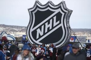 NHL's focus shifts to Canadian cities as possible hubs