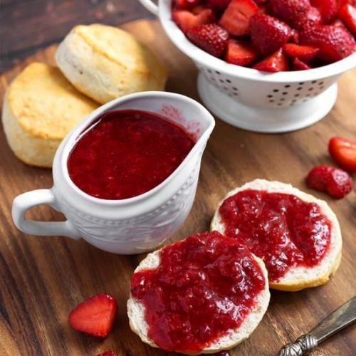 Instant Pot Strawberry Sauce
