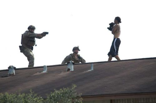 Repeat offender on roof arrested after SWAT confrontation in NE Houston