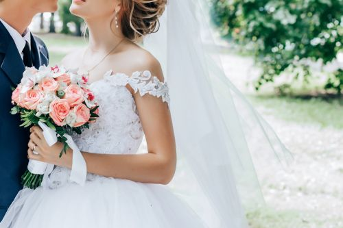 A bride threatened to delete her friends on Facebook because they wouldn't pay $3,000 to attend her destination wedding - and people are in disbelief
