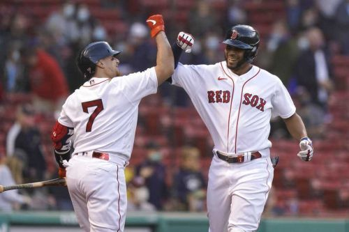Red Sox avoid sweep with lopsided win over A's
