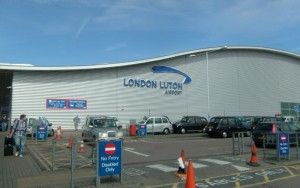 Luton airport staff to strike for 12 days over security guard working hour