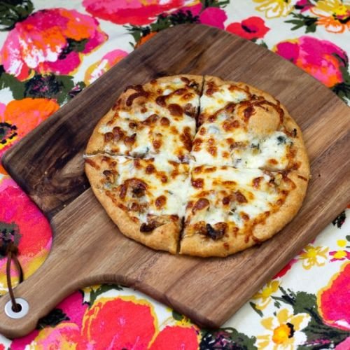 Blue Cheese and Walnut Pizza