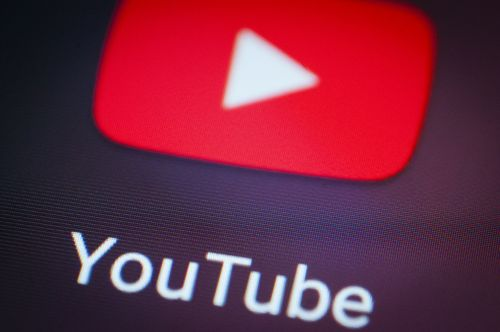 YouTube bans dangerous pranks and challenges
