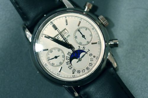 The Beginners Guide to Buying Your First Patek Philippe