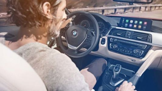 BMW Won't Charge You A Ridiculous Annual Fee To Use Apple CarPlay Anymore