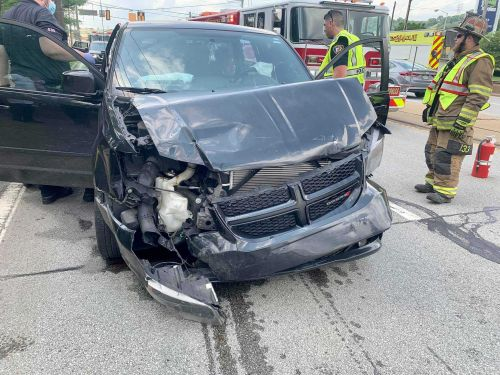 Multiple people injured in two-vehicle crash in Duquesne