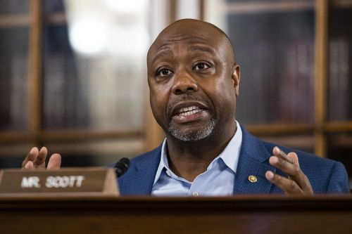 Tim Scott: Lafayette Square should not have been cleared for Trump