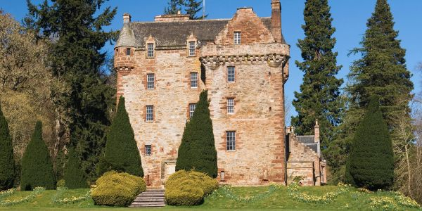 Outside Edinburgh Lurk Magical Trips - From a Fairy-Tale Village to 'Outlander' Tours