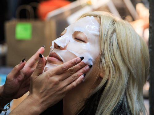 12 trendy skin-care hacks that don't actually work