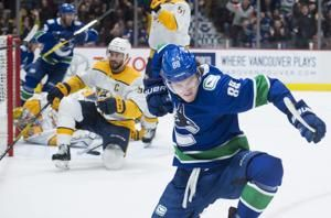 Pettersson scores twice, Canucks beat Predators 5-3