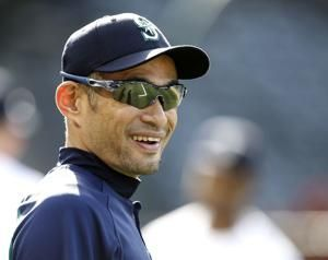 Ichiro Suzuki agrees to minor league deal with Mariners