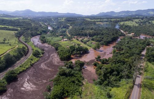 At least 34 dead after Brazil dam collapse; hundreds remain missing