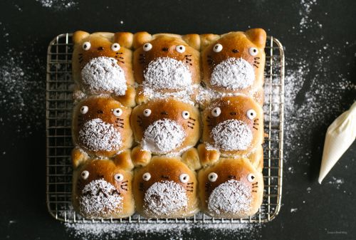 8 Spoopy Cute Totoro Foods to Make this Halloween