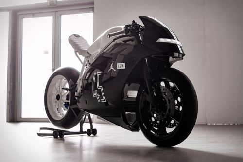 """BSTN Teams up With Jordan Brand to Produce the Ducati 916 """"Concord"""""""