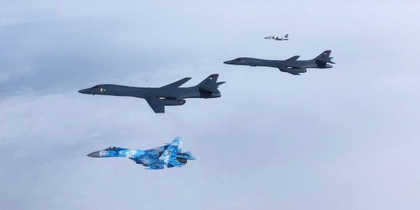 In their first flight with Ukrainian fighters, US B-1B bombers trained to launch long-range anti-ship missiles