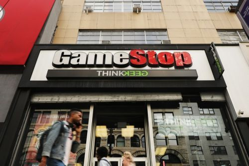 GameStop to Close At Least Another 320 Stores Over the Next 12 Months