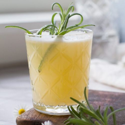 Apricot Rosemary Gin Fizz
